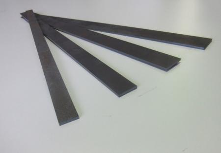 Flachstahl 20x3mm 500lang  Hardox400 gelasert