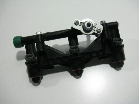 Einspritzleiste Yamaha MT09  komplett original gebraucht